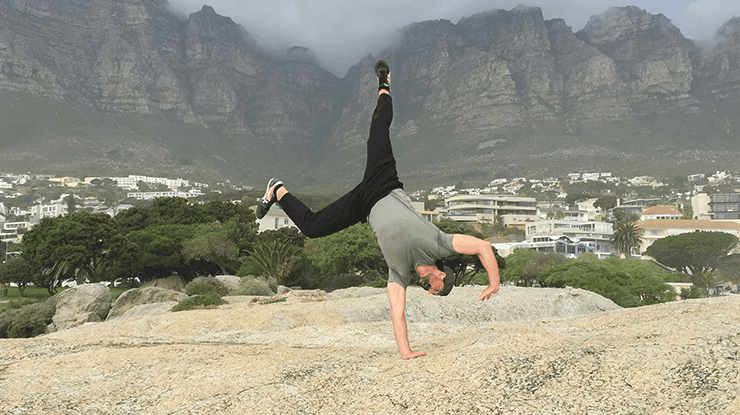 gmb-fitness-stay-a-badass-one-arm-handstand