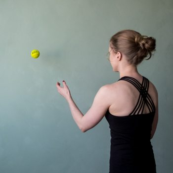 wall bounce tennis ball
