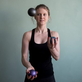 Juggling balls for coordination