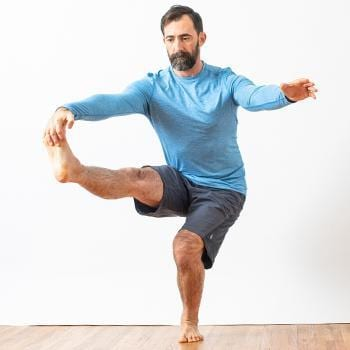 One leg balance pose foot mobility