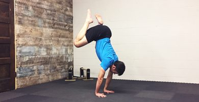 Frogger Locomotion Exercise to improve your Handstands