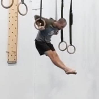 performing proper form muscle-up technique
