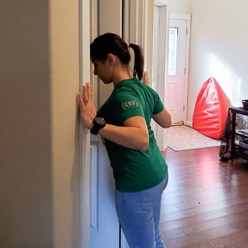 doorway stretch for shoulders