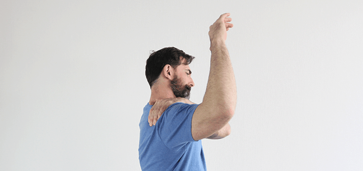Shoulder-Mobility-FAQ-how-do-you-know-if-you-have-tight-shoulders